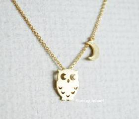 Owl and moon pendant necklace, Bird necklace, Animal necklace